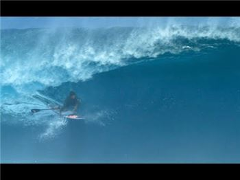 Keahi de Aboitiz at Cloudbreak - Two Epic Waves - Stand Up Paddle News